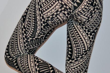 for peet's sake gemetric print leggings 2